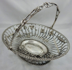 306. Fine Heavy Gauge Sterling Silver Fruit Basket  Martin Hall Sheffield 1906